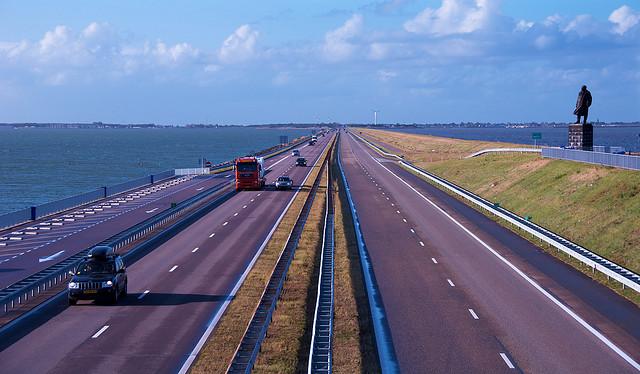 Afsluitdijk en Hollande par Ork de Rooij @Flickr